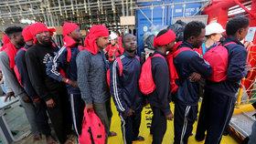 Pro polovinu migrantů na centrální trase do Evropy je Libye tranzitní zemí. Ne všichni cestu přežijí.
