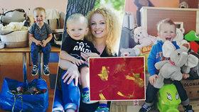 Tereza prodává obrázky svého syna a výtěžek dává na charitativní účely.