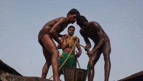 Nejen v rozvojových zemích dochází k modernímu otroctví. S problémem se potýká i Británie.