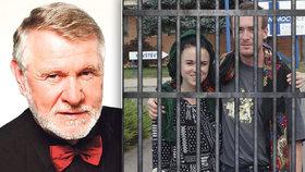 Pokud neuspějí s odvoláním, čeká mladé Čechy v Turecku vězení. Soudy je kvůli údajnému napojení na teroristickou organizaci odsoudily na 6 let a tři měsíce. Podle europoslance Jaromíra Štětiny je nečeká nic dobrého.