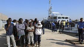Bosenská policie krátce uzavřela hraniční přechod. Do Chorvatska chtěla přejít asi stovka migrantů. (ilustrační foto)