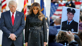 Spojené státy si připomněly teroristické útoky na dvojčata, Trump držel minutu ticha před Bílým domem.