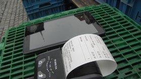 Účtenky z termopapíru jsou napuštěny nebezpečnou chemikálií BPA, která může způsobit řadu zdravotních problémů (ilustrační foto)