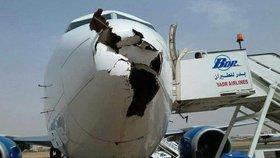 Takhle to vypadá, když se střetne letadlo s hejnem ptáků.
