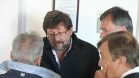 Sexuolog Petr Weiss stanul před pelhřimovským soudem.