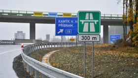 Stavba dálnic je podle NKÚ pomalá, dokončit síť do roku 2050 nelze.