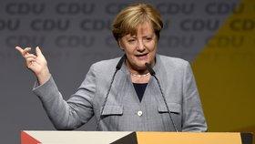 Angela Merkelová v Dolním Sasku. Její CDU tam však zemské volby prohrála a skončila druhá.