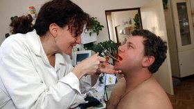 ČSSD chce prosadit, aby první tři dny nemocenské byly opět proplácené (ilustrační foto)