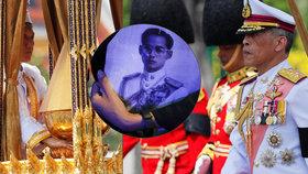 Pohřební ceremoniál krále Pchúmipchona Adundéta.