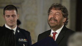 Zdeněk Troška vyznamenaný prezidentem Milošem Zemanem