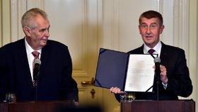 Prezident Miloš Zeman se nechal slyšet, že k ústavě přistupuje tvůrčím způsobem.