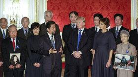 Donald Trump s manželkou Melanií na oficiální návštěvě Japonska.