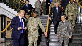 Prezident USA Donald Trump dorazil na svých cestách po Asii do Jižní Koreje.