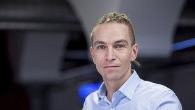 Předseda Pirátů Ivan Bartoš ve studiu Blesk.cz