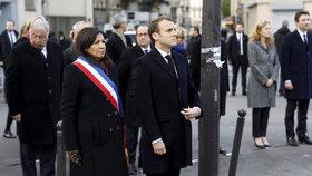 Paříž si připomíná teroristické útoky z roku 2015. Akce se účastní francouzský prezident Emmanuel Macron
