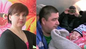 Malou holčičku při pádu letadla nejspíš zachránila statečná učitelka Olga.