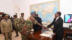 Prezident Zimbabwe Robert Mugabe na setkání se zástupci armády