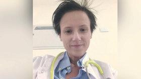 Lékařka Katarzyna W. zemřela na přepracování.