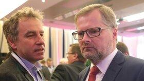 Předseda ODS Petr Fiala a europoslanec Luděk Niedermayer, který vstoupil do TOP 09 teprve několik dní před sněmem.