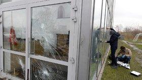 Muslimům v Polsku rozbili okna. Útoků a xenofobie tam přibývá