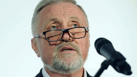 Mirek Topolánek v Bruselu zahájil svoji prezidentskou kampaň.