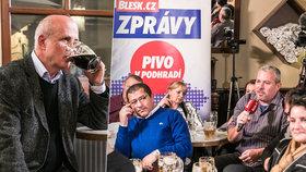 Prezidentský kandidát Michal Horáček odpovídal v rámci předvolebního projektu Blesk Zpráv u piva voličům na všetečné otázky.