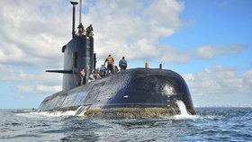 Příbuzní posádky z argentinské ponorky shánějí miliony: Chtějí pátrat na vlastní pěst
