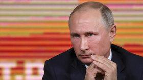 Ruský prezident Vladimir Putin je podle virtuální asistentky Alice zloděj a lhář.