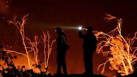 Ničivý požár Thomas v Kalifornii