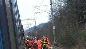 Muž vypadl z vlaku u Lanškrouna a zřejmě přišel o nohy