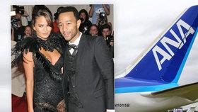 Federální úřad vyšetřovatele (FBI) zvažuje trestní stíhání dvou bratrů, kteří současně nastoupili na let z Los Angeles do Tokia. Oba použili stejnou letenku, letadlo se s nimi muselo v půlce cesty vrátit. Na palubě letadla byla i známá modelka Chrissy Teigen a zpěvák John Legend.