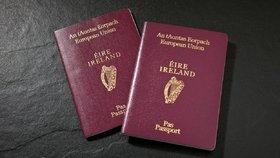 Irský pas umožní Britům při cestování dál čerpat výhody Evropské unie.