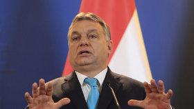 Premiér Viktor Orbán novým zákonem bojuje proti humanitárním organizacím a Georgeovi Sorosovi.