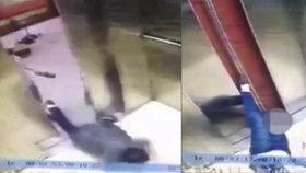 Výtah amputoval ženě nohu. Nedávala pozor a zírala do mobilu.