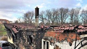 Smutné Vánoce Katčiny rodiny: Vyhořel jim dům v Rychvaldě, pomocnou ruku podalo město.