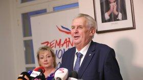 Miloš Zeman doufá, že v druhém kole budou voliči spoléhat hlavně na vlastní rozum a ne na doporučení kandidátů, které podpořili v prvním kole, prohlásil to na tiskové konferenci k výsledkům voleb.
