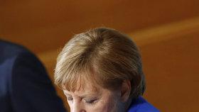 Sondovací rozhovory v Německu: Merkelová (CDU) se sešla se Schulzem (SPD) a Seehoferem (CSU)