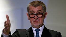 Premiér Andrej Babiš (ANO) ve Sněmovně mluvil a kauze Čapí hnízdo.