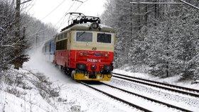 České dráhy se připravují na silné sněžení.