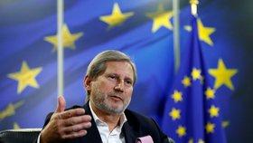 Johannes Hahn řekl, že možnými novými členy EU mohou být Srbsko a Černá Hora.