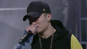 """Čína zakázala hip hop a tetování. Chrání občany před """"špatným vkusem"""""""