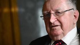 Senátor František Čuba (SPO) se od roku 2016 neukázal v Senátu.