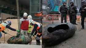 Bomba z 2. světové ohrozila 4 tisíce lidí. Našli ji v Hongkongu s poškozenou rozbuškou