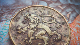 Koruna oslabila vůči euru.