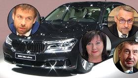 Policejní ochranka kupuje nové limuzíny. Jezdit v nich mohou i vybraní ministři.