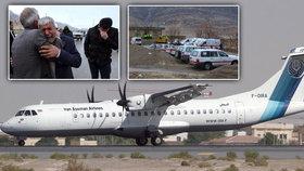 V Íránu se našly trosky letadla, jež se s asi 65 lidmi zřítilo v neděli na jihozápadě země.