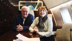 Německý prezident Steinmeier s manželkou Elke vyrazili i na olympiádu do jihokorejského Pchjongčchangu.