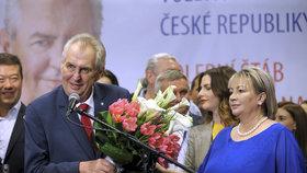 Miloš Zeman s Ivanou Zemanovou ve svém volebním štábu