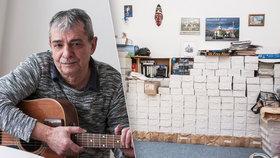 Písničkář Pavel Dobeš: Opustila ho žena, utopil 100 tisíc!