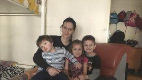 Eva s mladšími dětmi